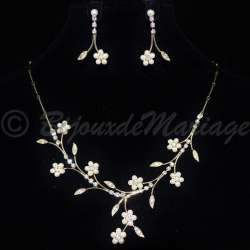 Parure mariage FLEURS, cristal et perles, structure ton or